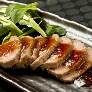 ジビエ料理から洋食まで豊富なメニュー