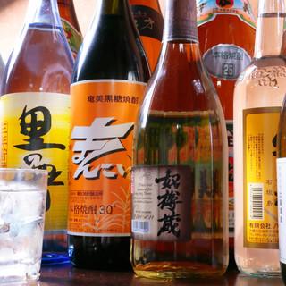お酒は奄美大島のモノがメイン!焼酎・泡盛り・日本酒などなど*