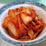 焼肉 なか川 - 焼肉 なか川 キムチ白菜(300円)