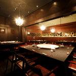 謝謝 - スタイリッシュな空間でカジュアルに愉しめる、50名まで収容可能な宴会場