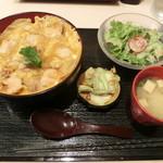 焼鳥 さつま屋 - 親子丼980円