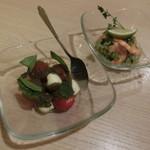 BEONE - フレッシュトマトのカプレーゼ、海老とアボカドのセビーチェ