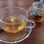 カフェ&ダイニング プランビー - 紅茶200円