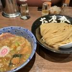 六厘舎 TOKYO - つけめん(830円)