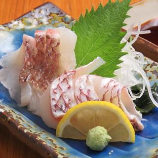 楽市といえば『旬の食材と宇和島鮮魚のお刺身』