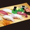 海鮮うまいもんや とと丸水産 - 料理写真:桜寿司盛り合わせ