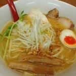 九六亭 - 濃厚鶏白湯醤油ラーメン