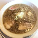 ラーメン やま吉 - 料理写真:じとじとラーメン 750円