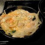 鶏料理 川 - 玉葱たっぷりの親子丼