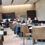 Cafe 椿 - 内            観