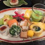 月見里 - 料理写真:前菜12種盛り合わせ