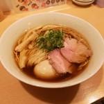 ご当地ラーメン 巡 - OPEN〜20時まで限定 丸鶏中華そば