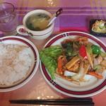 おき松 - 料理写真:八宝菜定食¥850-