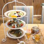 銀座カフェビストロ 森のテーブル - アフタヌーンティーセット
