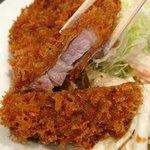 みのや - ロースとんかつ定食、豚汁付きで500円