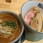 麺ファクトリー ジョーズ - 味玉カレーつけ麺(*´ー`*)