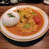 シシカリ - 料理写真:やさいたっぷりカレー