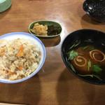 大平山荘 - 炊き込み飯