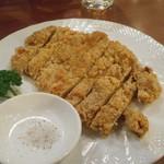 台南担仔麺 - 鶏排