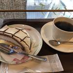 丸橋珈琲 - 料理写真:ケーキセットは500円