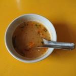 サイアム - トムヤムクンのようなスープです。タピオカミルクは撮り忘れました