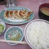 味の丸嘉 - 料理写真:肉餃子定食・豚汁付き