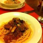 カフェ&レスト プライム - 挽肉とナスのチーズトマトソーススパゲティ