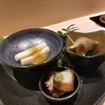 102946963 - 長芋の昆布〆と海鼠腸 白バイ貝 蛸のやわらか煮