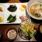 102946995 - Kawara特製おばんざい定食¥1180