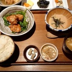 102947002 - 特製山椒ダレの鶏唐揚げ&出汁とろろ定食¥980