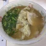 102953078 - ワンタン麺