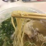 102953082 - ワンタン麺
