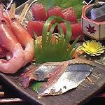 楽食 感 - 700円なのに刺身も立派!