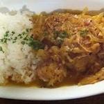 ロス・バルバドス - 2回目2011年11月11日カメルーン料理プーレヤッサ 鶏肉とレモンの白ワインで煮込み