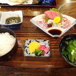 大漁寿司 - 料理写真:お造り定食