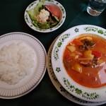 キッチン カントリー - ハンガリ- グヤーシュスープ