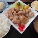 食堂とみ - 料理写真: