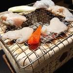 玄品 - 熟成骨付き河豚、河豚身、河豚皮