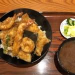 102981492 - 本日天丼1600円