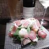 欧風酒場ボラーチョ - 料理写真:生ビール、白ボトル、サラダ