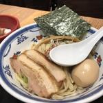 つけ麺や 武双 - つけ麺(カイワレ、ネギ、海苔、味玉、チャーシューのトッピング)