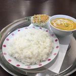 インド&ネパール料理 ポカラ - 料理写真:Aセット、チキンカレー辛口とライス
