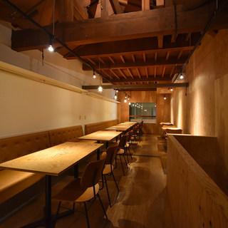 【2階テーブル席】