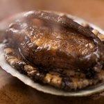 心の宿三國屋 - アワビの踊り焼きステーキはほのかな磯の香りが食欲を倍増!(通年)