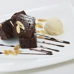 なっぱ畑 - HOTHOTチョコレートケーキ