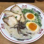 魂龍 - 料理写真:煮卵らーめん