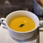 ビストロ ピック ドール - 追加で注文したスープ。