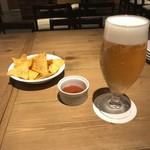 肉 海鮮 チーズ 北海道バル MOUMOU -