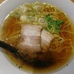 麺や 佐渡友 - 料理写真:醤油らー麺