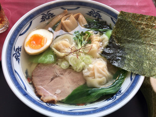 梅軒 - 塩海老ワンタン麺